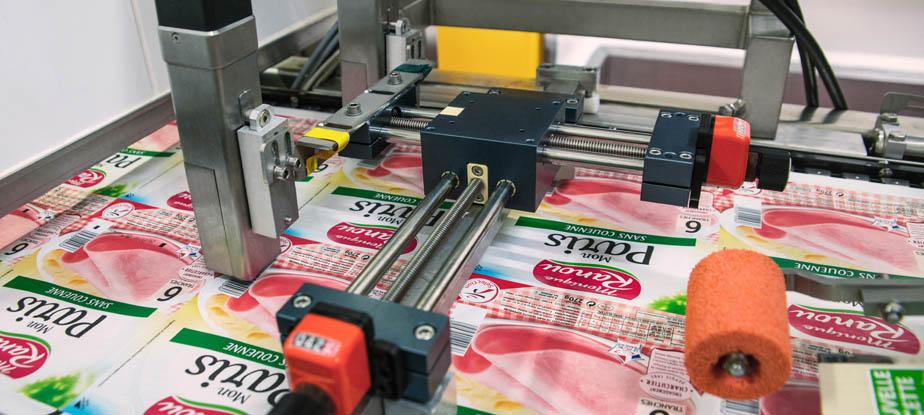 Мелкосимвольный каплеструйный принтер Markem-Imaje 9450